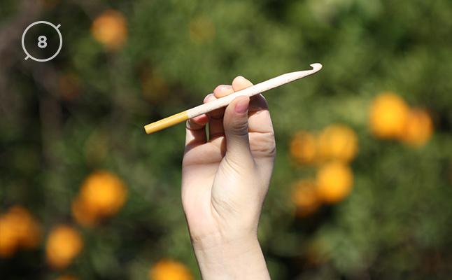 Hilos y madera · Aguja de ganchillo 8mm de diámetro